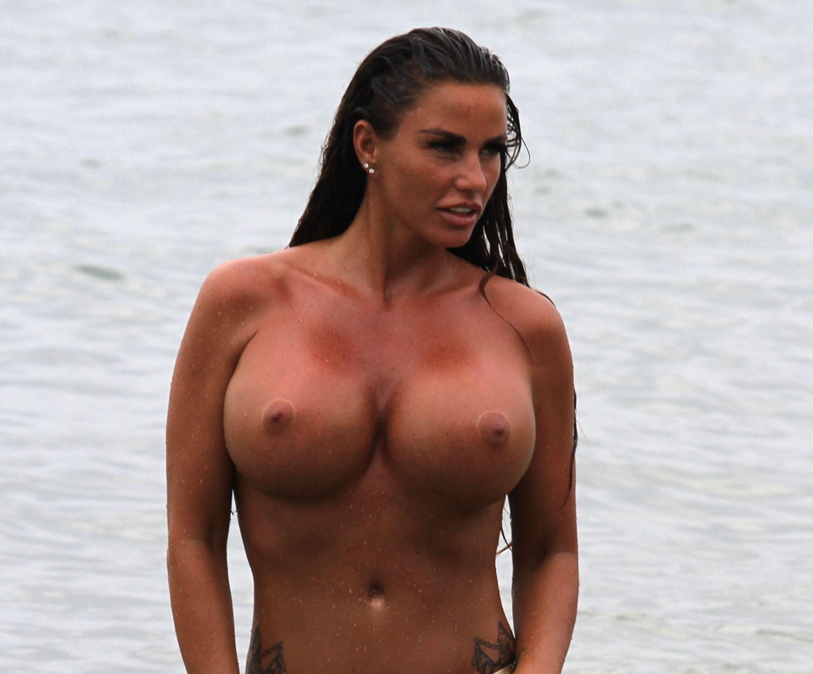 Katie Prices Latest Topless Pictures From Thailand - The -9000