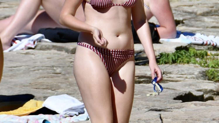 Maddison Brown Showing Her Pasty Bikini Body with No Shame (30 Photos)