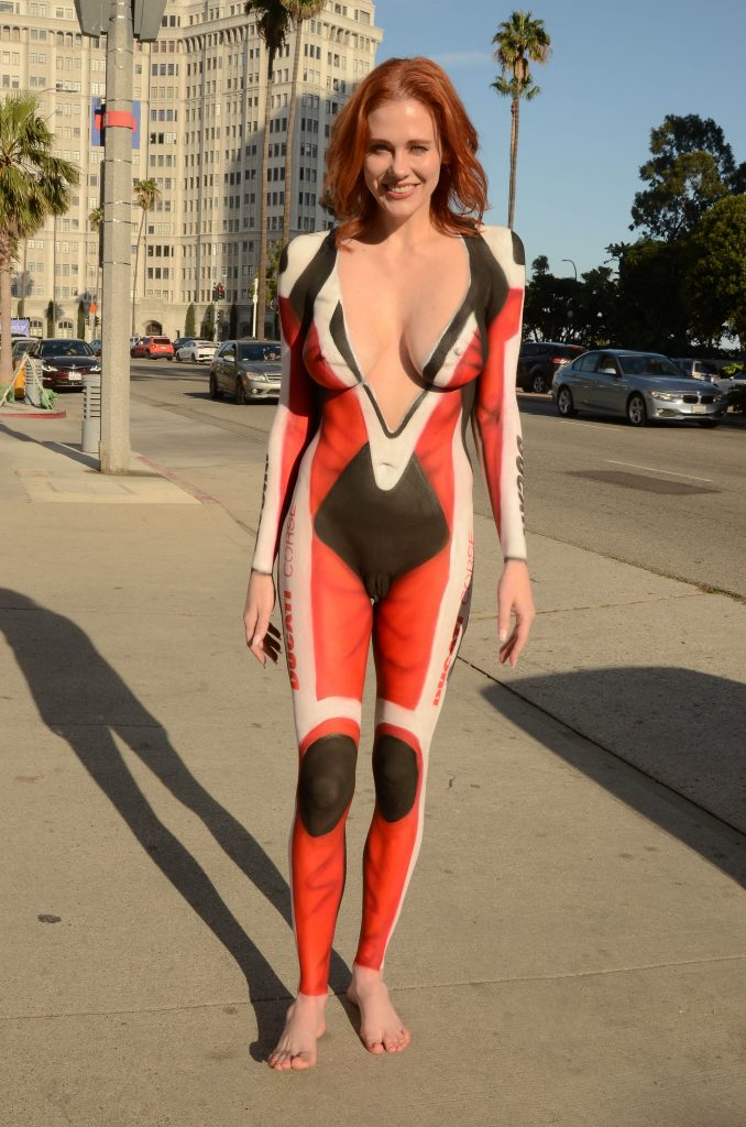 Actress-Turned-Pornstar Maitland Ward in a Nude Body Paint