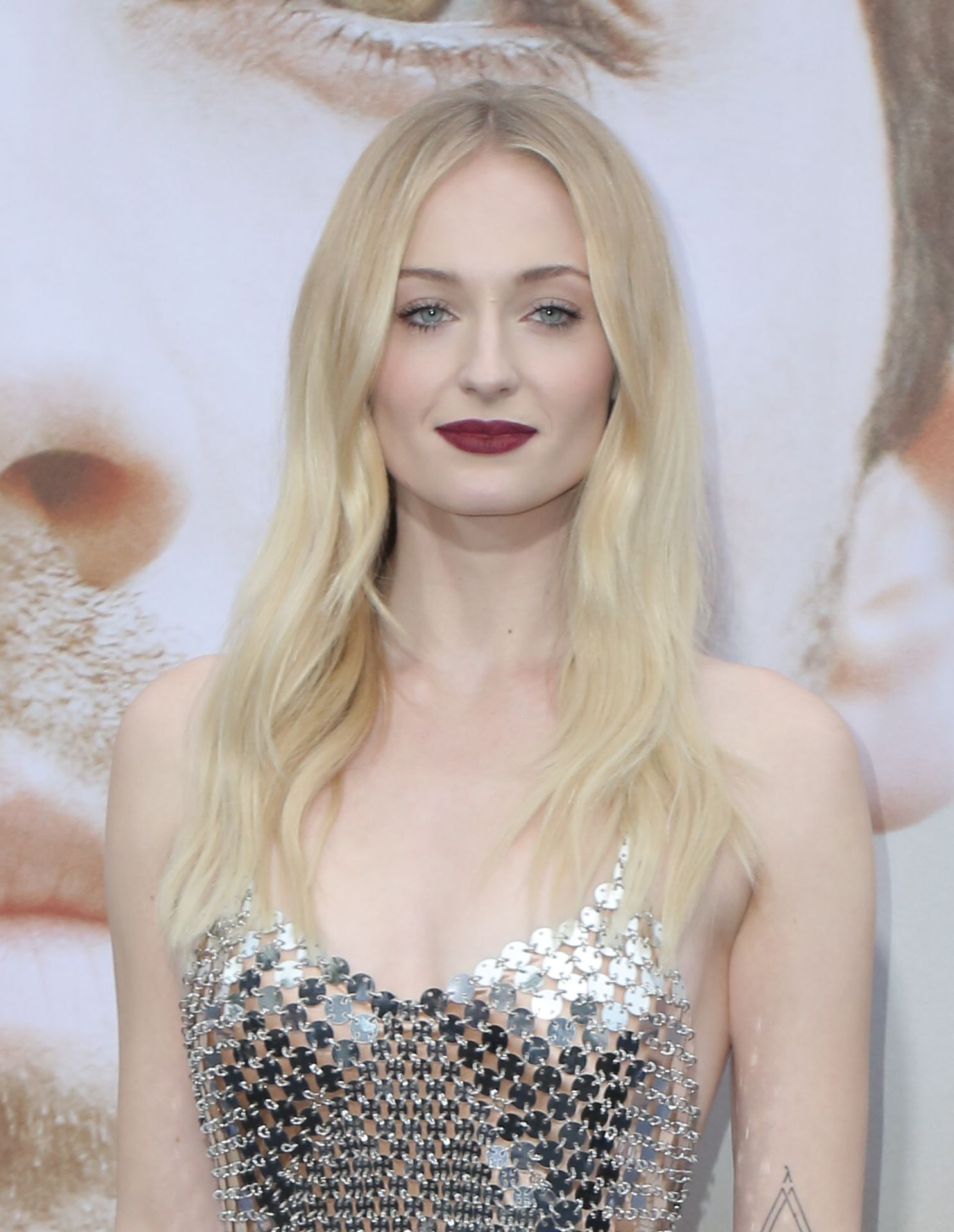Sexy Sophie Turner Picture Gallery (35 High-Resolution Photos) - The Fappening!