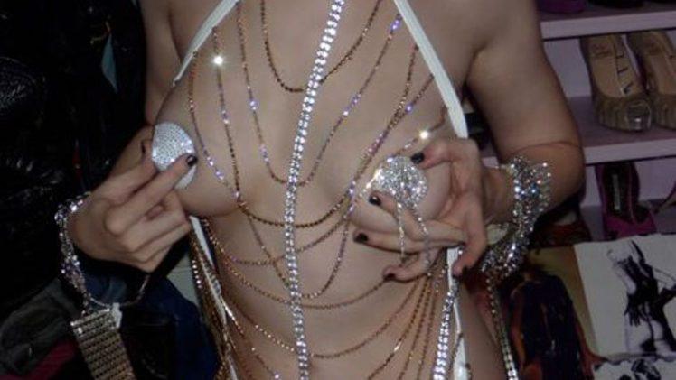 Christina Aguilera's Legendary Leaked Pictures (6 Stolen Photos)