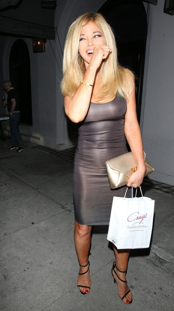 MILF Blonde Donna D'Errico Shows Her Boobs in a Skintight Dress gallery, pic 25