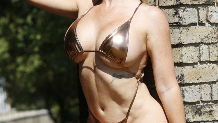 Shameless Aisleyne Horgan-Wallace Flaunts Her Bikini Body in High Quality