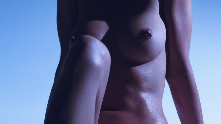 Nude Valeria Bulusheva Reveals Her Abs, Boobs, and Then Some