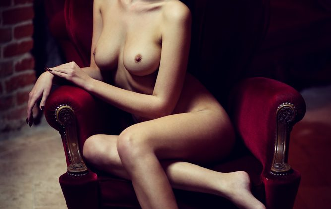 Horned-Up Olga Kaminska Decides to Take All of Her Clothes Off