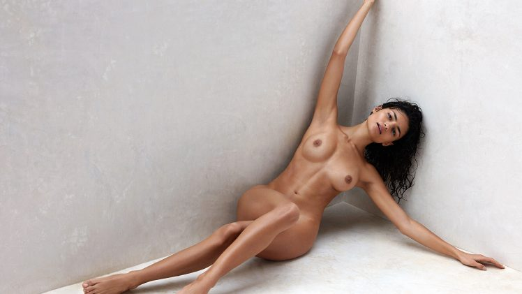 Leggy Brunette Vie Chidiac Strips Naked to Show Her Perfect Body
