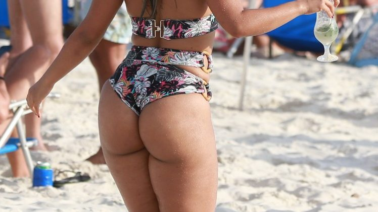 Brazilian Babe Mileide Mihaile Shows Her Meaty Ass while on the Beach