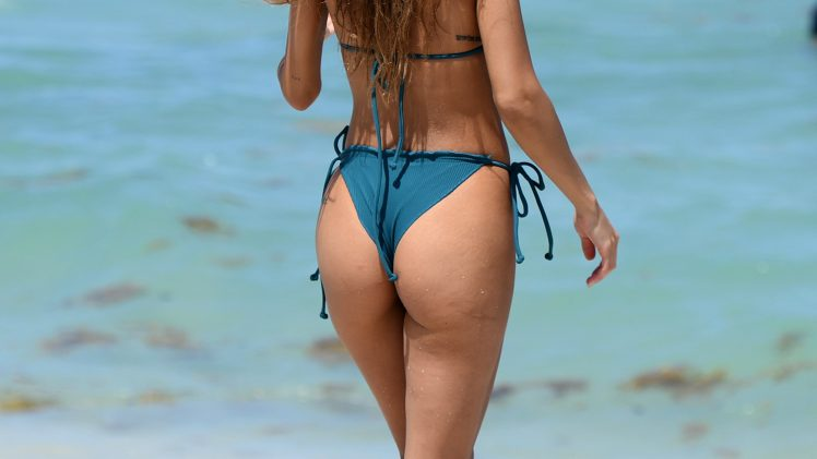 Check Out the Latest Set of Chantel Jeffries Bikini Pictures