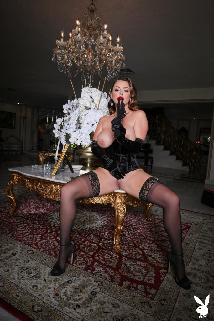 Big-Breasted Pornstar Sophie Dee Prepping to Masturbate in a Hot Gallery, pic 30