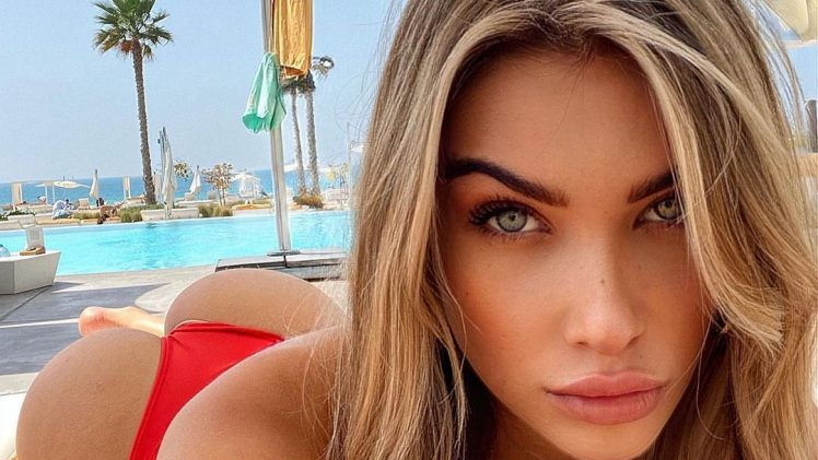 Latest Set of Bikini Pictures Featuring the Unforgettable Melinda London